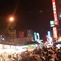 羅東夜市真的很多人