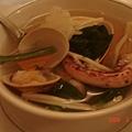 老妹的清湯 料蠻多的 真的很鮮又清