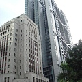 瘦瘦高高的建築