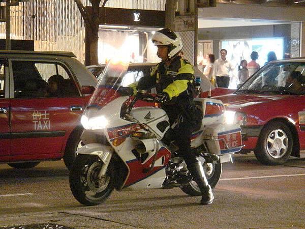 唯一看到的摩托車