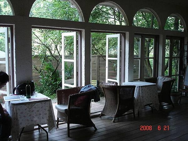 窗邊的座位