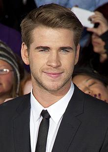 Liam_Hemsworth_2012