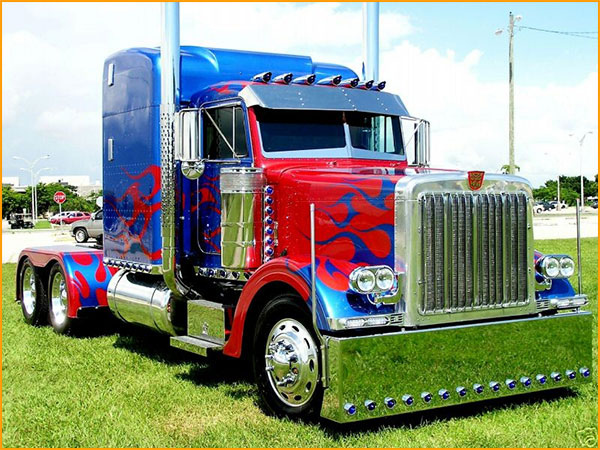 real-peterbilt-optimus-prime.jpg