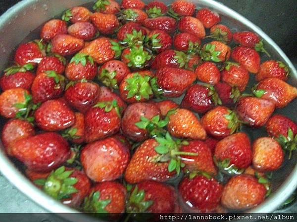 草莓醬-清洗