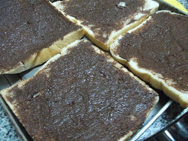 巧克力醬烤前1.JPG