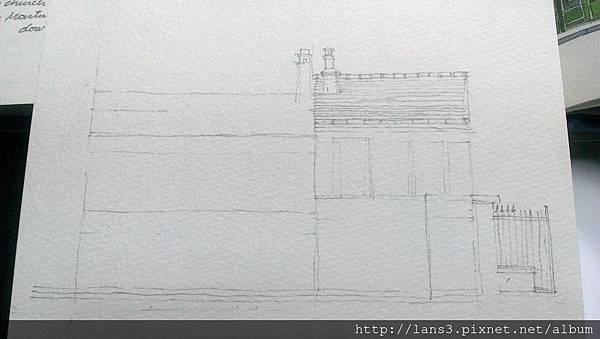 建築寫生(修整前鉛筆).jpg