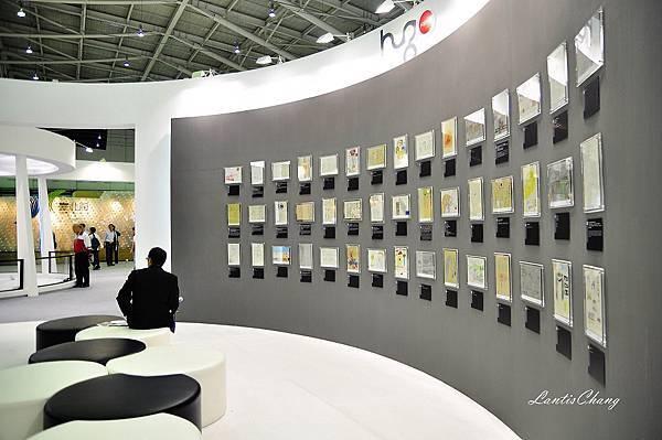 2011.10.25-D90-A16-台北設計展(交鋒) (140).JPG