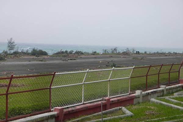 機場跑道-1.JPG