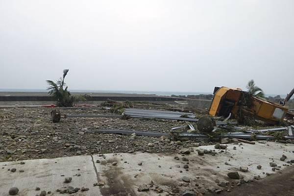機場外圍環島公路往椰油-5.JPG