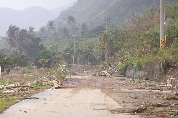機場外圍環島公路往椰油-1.JPG