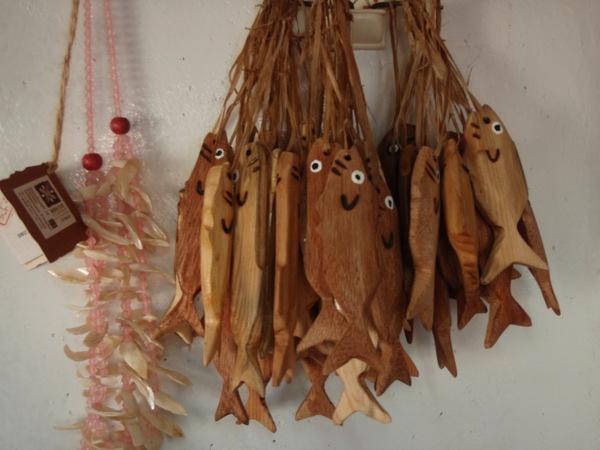 木雕魚.JPG