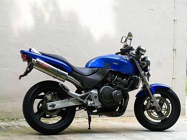 honda-hornet-250-2002-302457.JPG