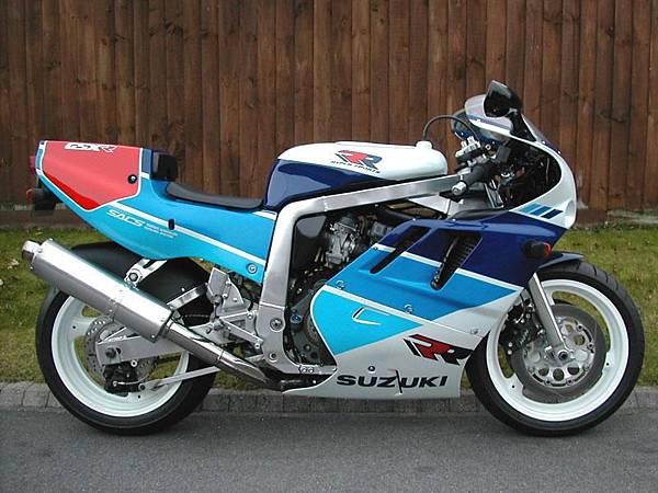 suzuki-gsxr-750-1989-12.jpg