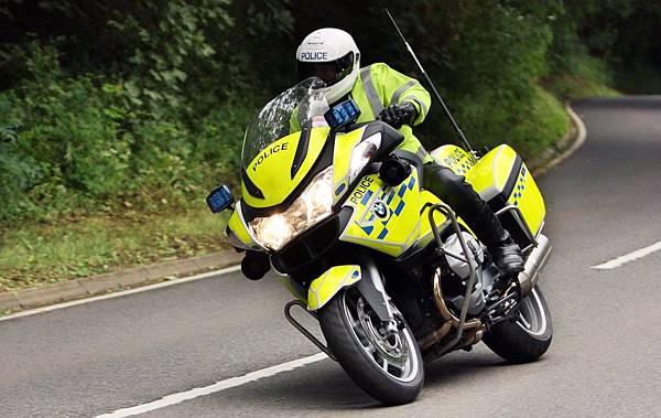 BMW_Police_UK_02.jpg
