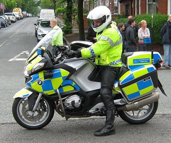 police rider on a police bmw motorcycle.jpg