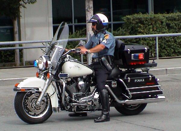 policeseattlebikesea123jv7.jpg