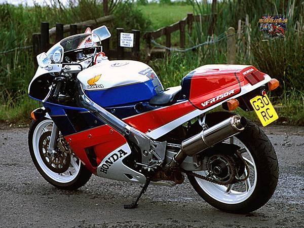 Honda-RC30-LHR.jpg