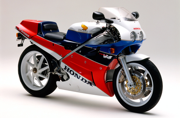 Honda-VFR750R-RC30-1987-Production-Model.jpg