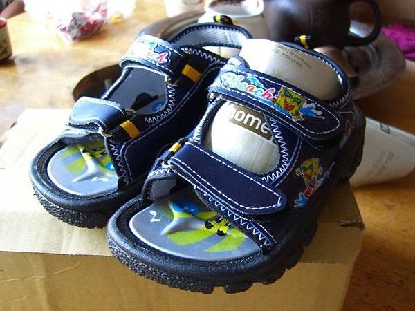 切貨海綿寶寶兒童涼鞋 (11)