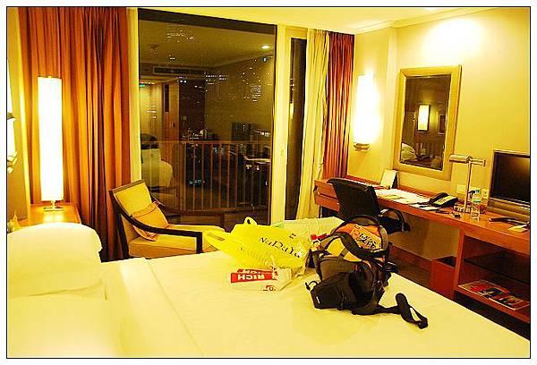 hotel-02.jpg