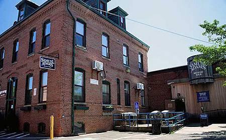 4-sam-adams-brewery