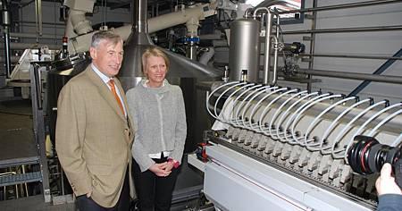 視察新廠房的執行長Dominique Friart與其兄Benoît