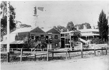 1893年前後的Cooper & Son 啤酒廠