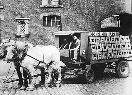 酒廠運送啤酒的馬車