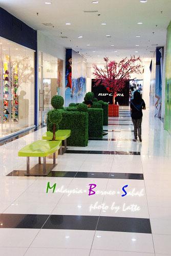99.6.9-Shopping Mall-4.jpg