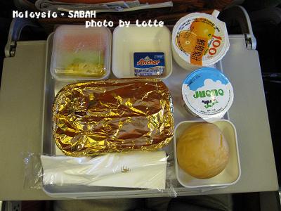 99.6.7-1st day of Sabah-005-機上餐點1.jpg