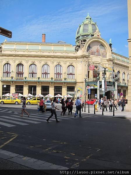 舊城廣場-市政廳.jpg