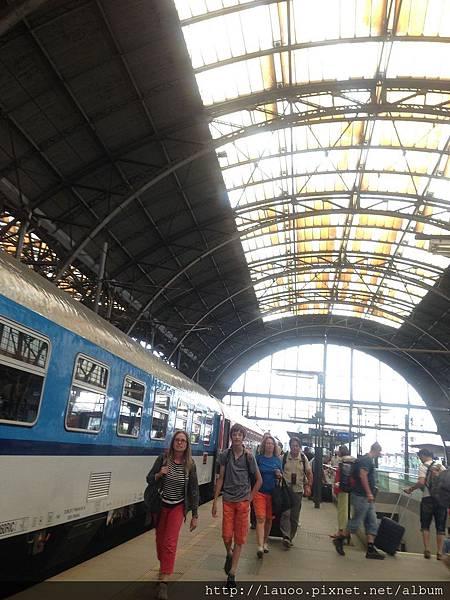 新城區-布拉格火車總站2.jpg