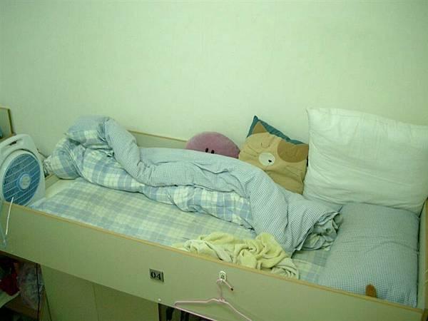 區區在下不才小人我的小床
