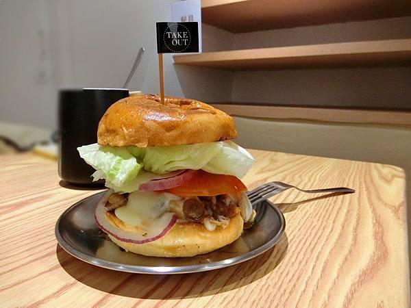 Take Out Burger%26;Cafe (17).JPG