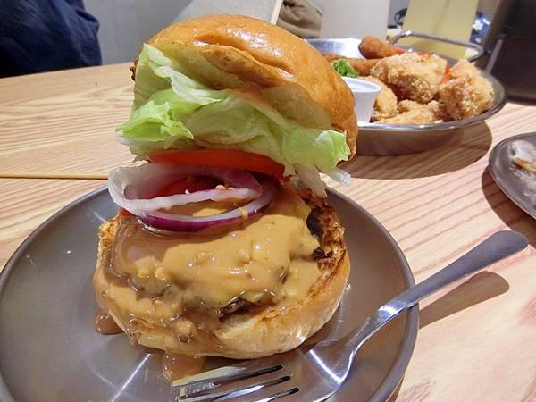 Take Out Burger%26;Cafe (21).JPG