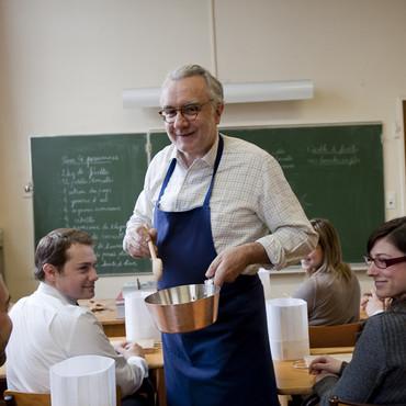alain-ducasse-ouvre-une-ecole-de-cuisine-a-paris-2818617effpr_2041.jpg