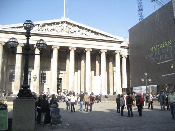 1699108226-十年前來的時候大門正在整修,今天終於看到他的全貌了!.jpg