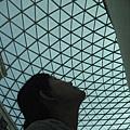 1699108235-怎麼看都不膩的玻璃天幕.jpg