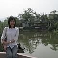 老實說....到中國後,拍照姿勢不知不覺會走古典風