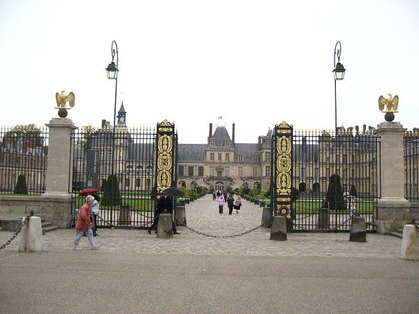 我喜愛楓丹白露勝過凡爾賽宮