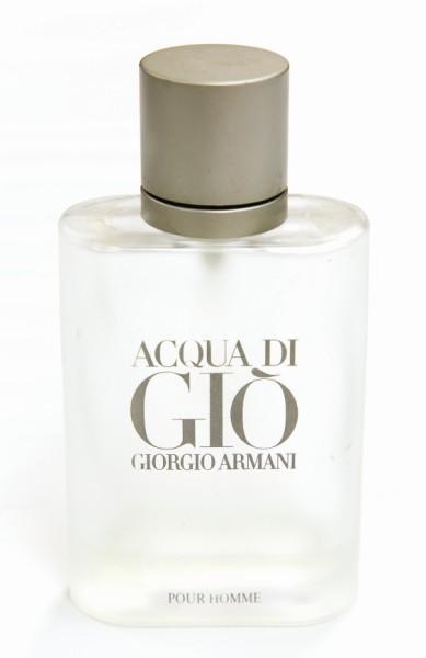 Giorgio Armani 的 AQUA香水