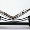 LC4_Chaiselongue躺椅