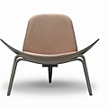 Carl Hansen & Son 的CH07 Shell chair