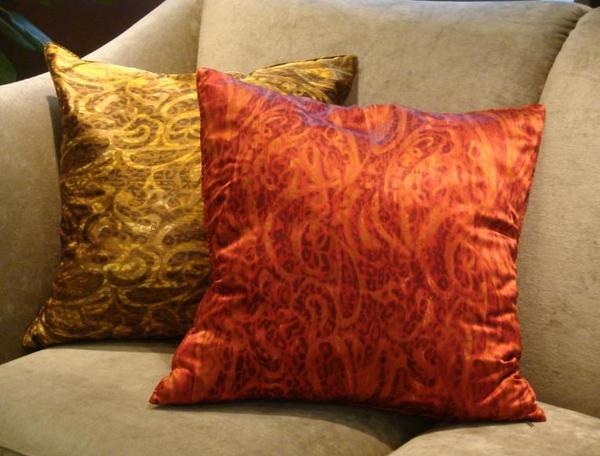 Fendi Casa絲質抱枕--變形蟲系列