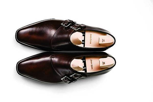 孟克鞋-.jpg