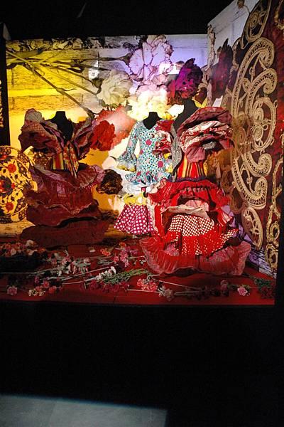 18.Carmen-ArsayToma - Copyright National Museum of Singapore.jpg