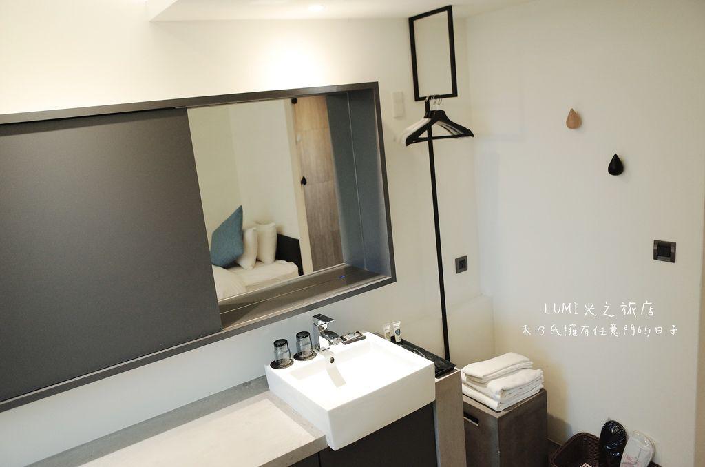 台中逢甲住宿 光之旅店雙床房Lumi Hotel