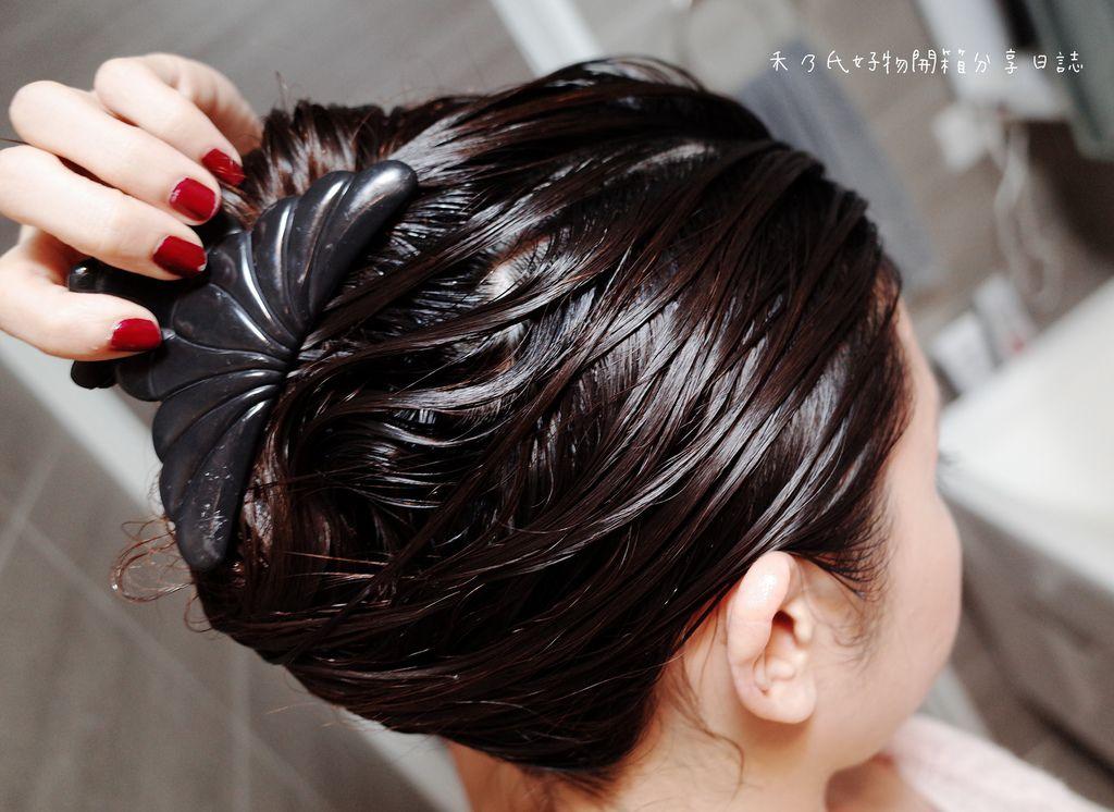 極自然DEAR CARE 精油柔潤護髮素使用分享