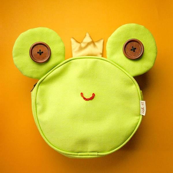青蛙王子防走失背包