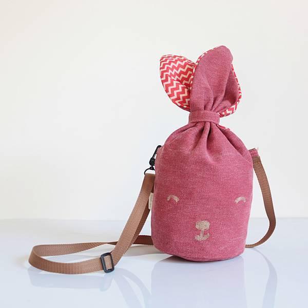 粉紅牛仔兔.jpg